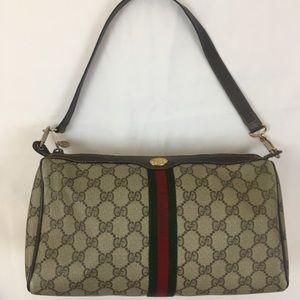 AUTH Gucci Vintage Logo Bag 😍😱